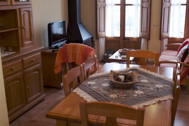 masia-rural-solell-menjador-2